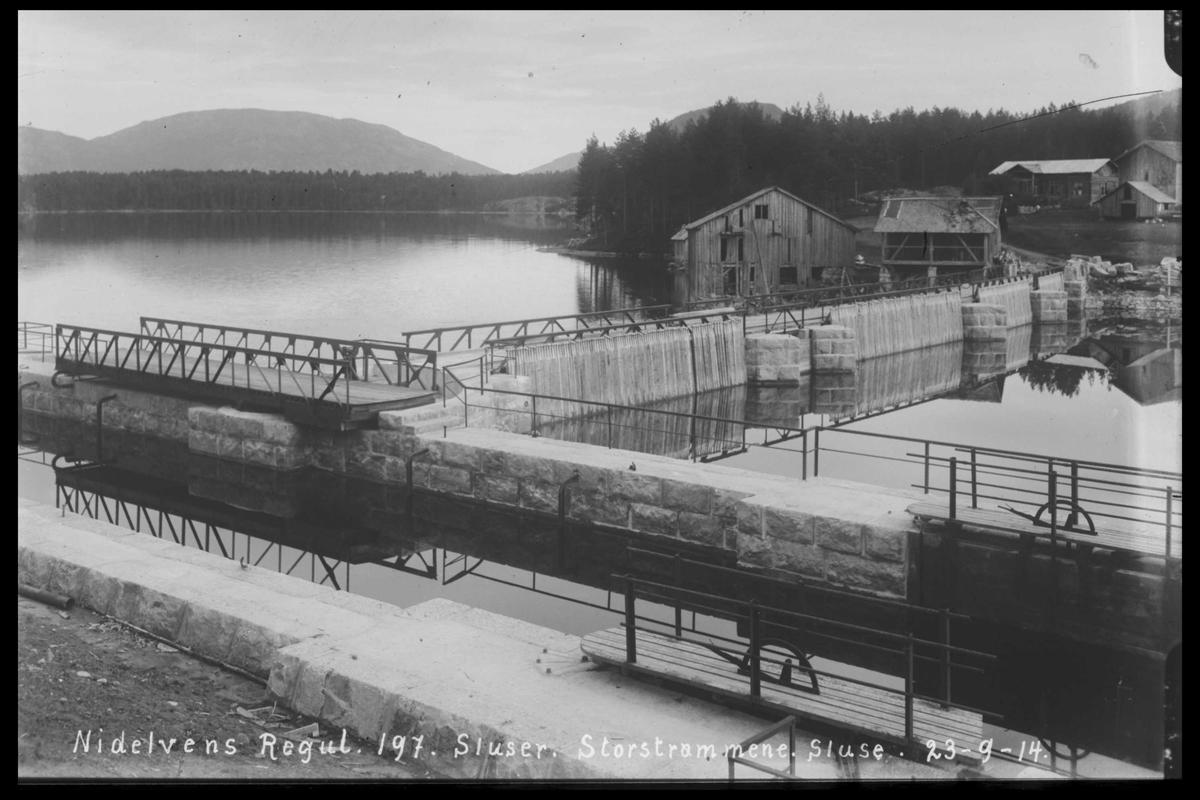 Arendal Fossekompani i begynnelsen av 1900-tallet CD merket 0446, Bilde: 21 Sted: Storstraumen dam og sluser Beskrivelse: Regulering