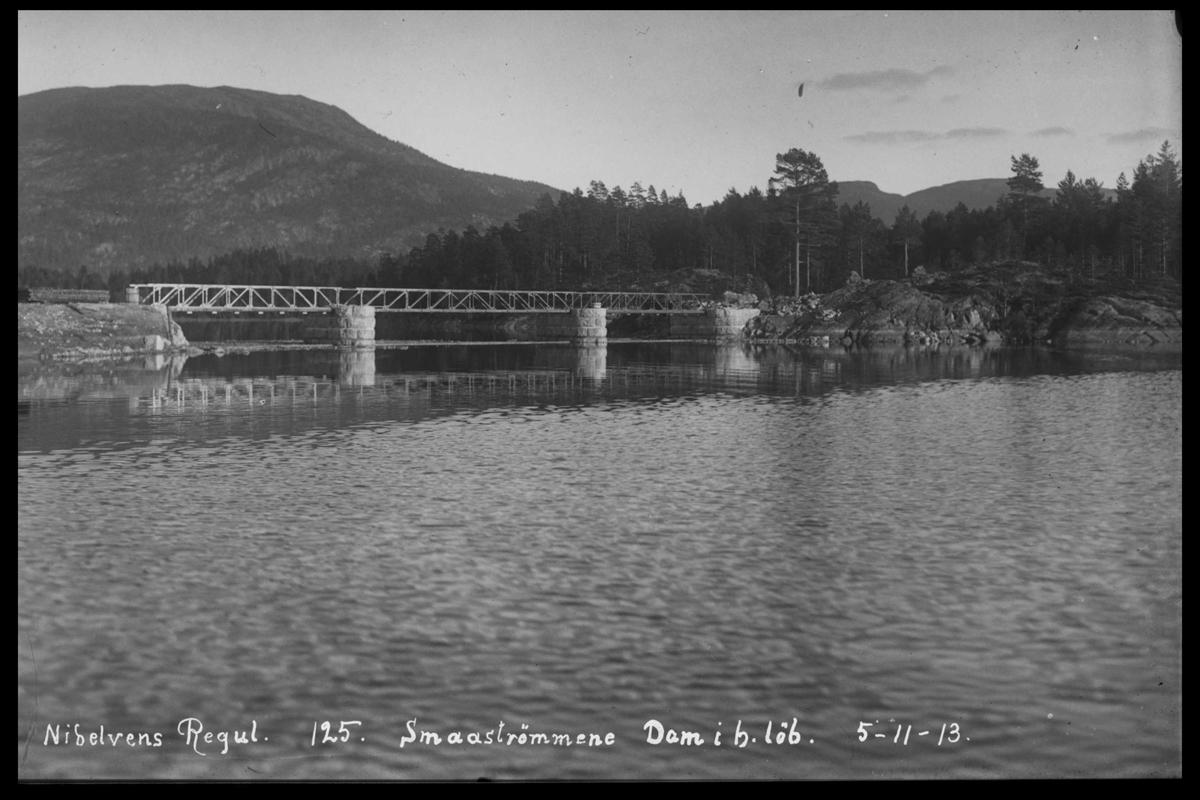 Arendal Fossekompani i begynnelsen av 1900-tallet CD merket 0565, Bilde: 38 Sted: Elva nord i vassdraget Beskrivelse: Regulering Småstraumene