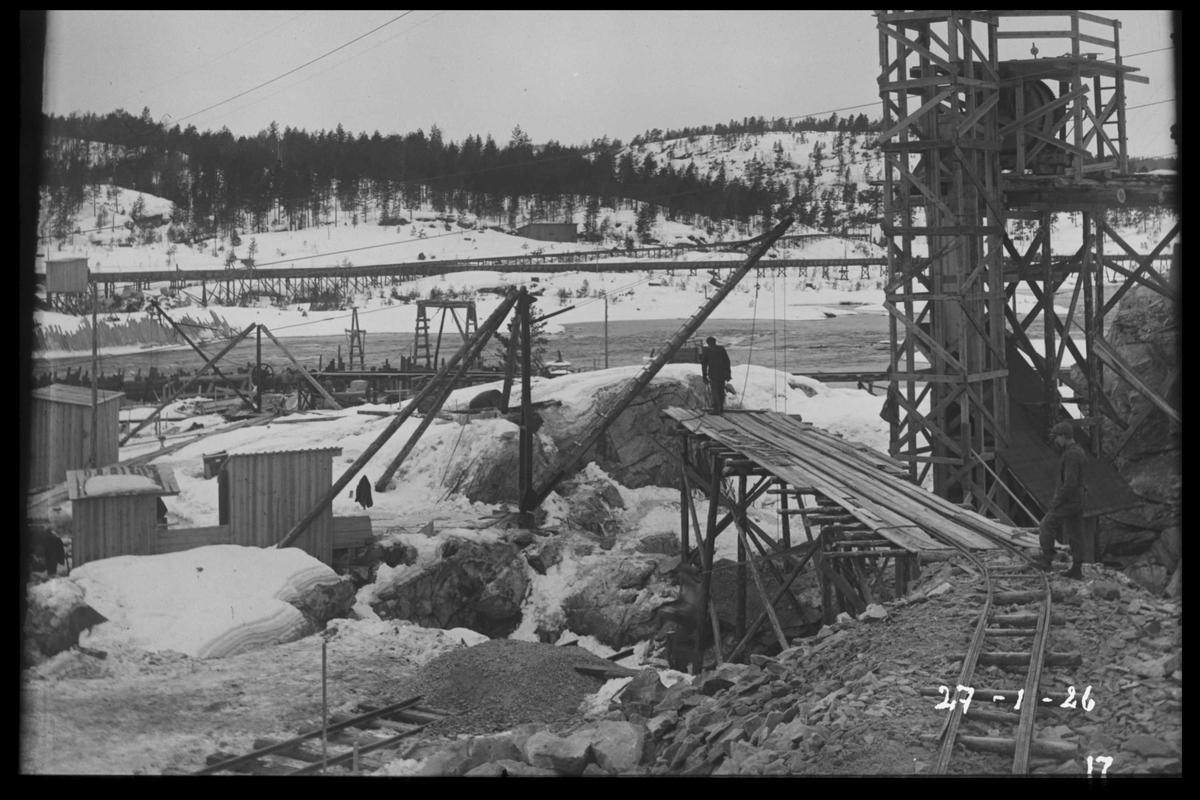 Arendal Fossekompani i begynnelsen av 1900-tallet CD merket 0565, Bilde: 40 Sted: Flaten Beskrivelse: Bygging av dam