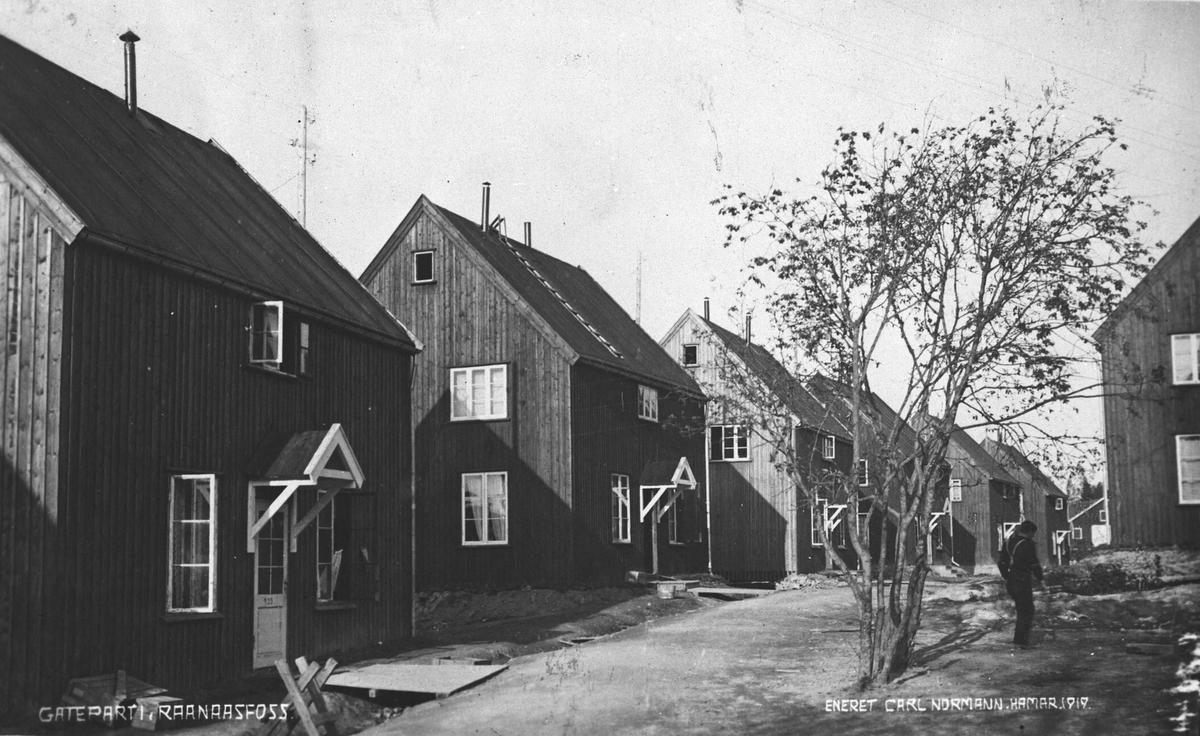 Gateparti Raanaasfoss