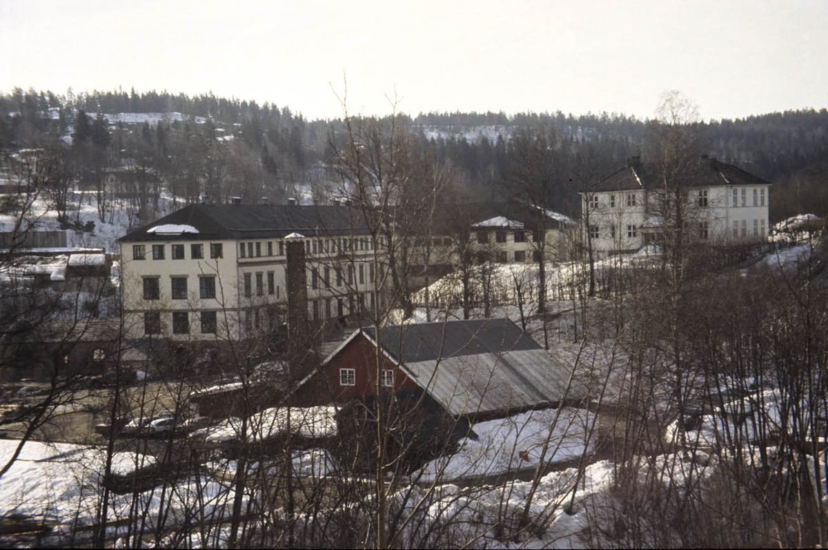 Fabrikkområde i Heggedal