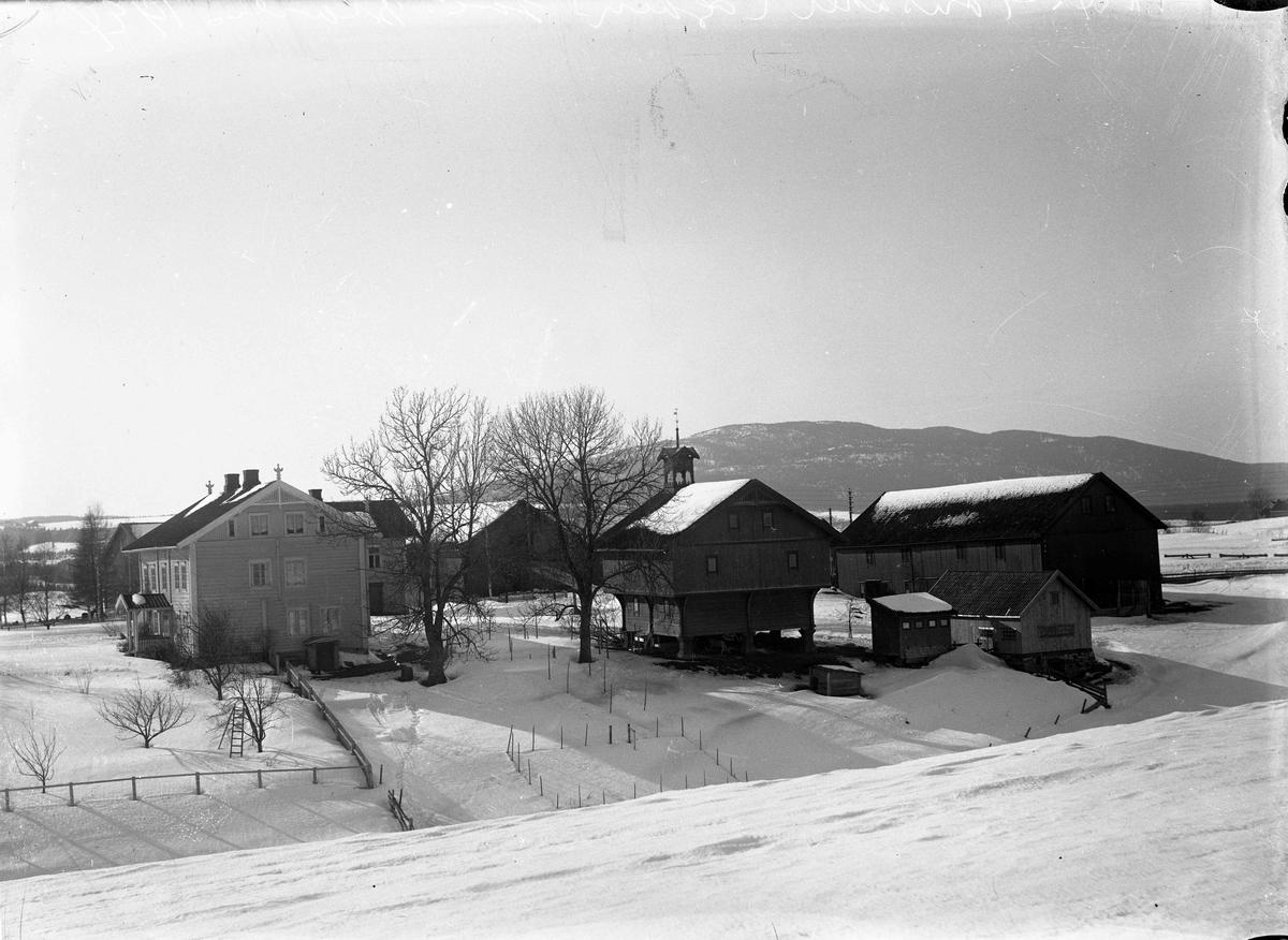 Tønsaker gård i 1925