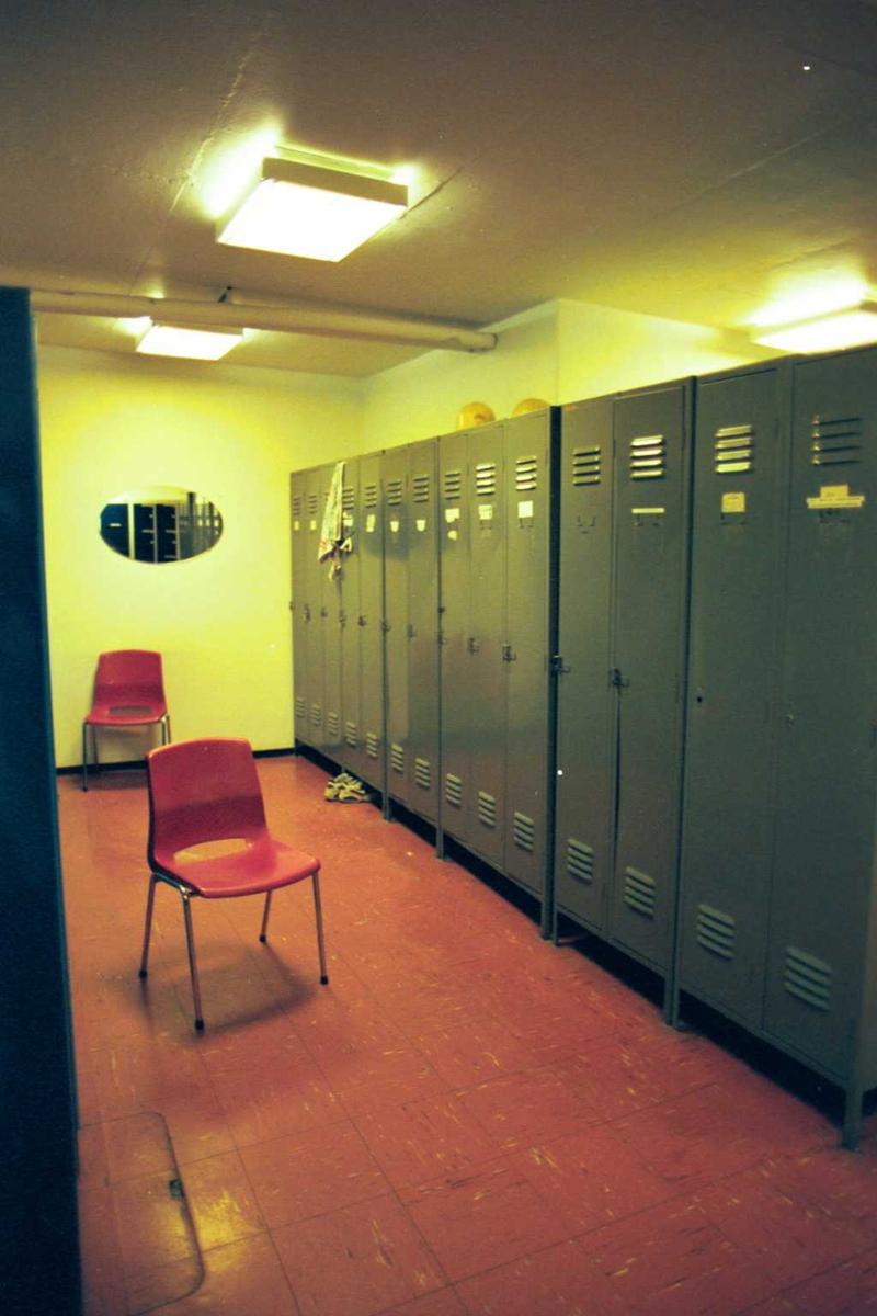 Garderobeskap i herregarderoben