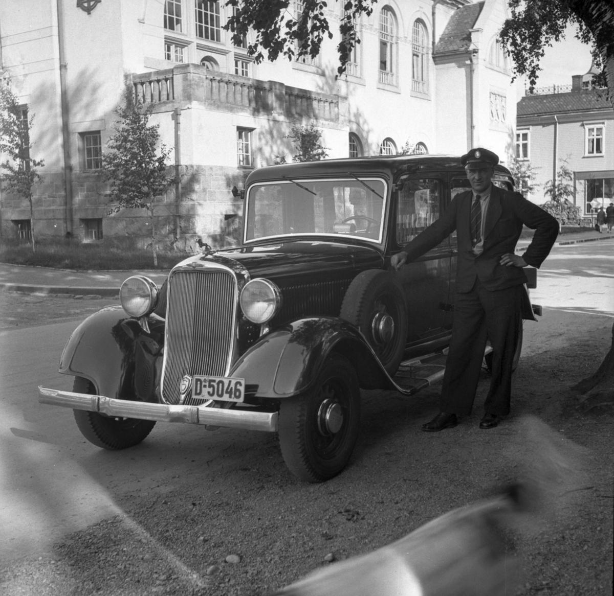 Mann og bil
