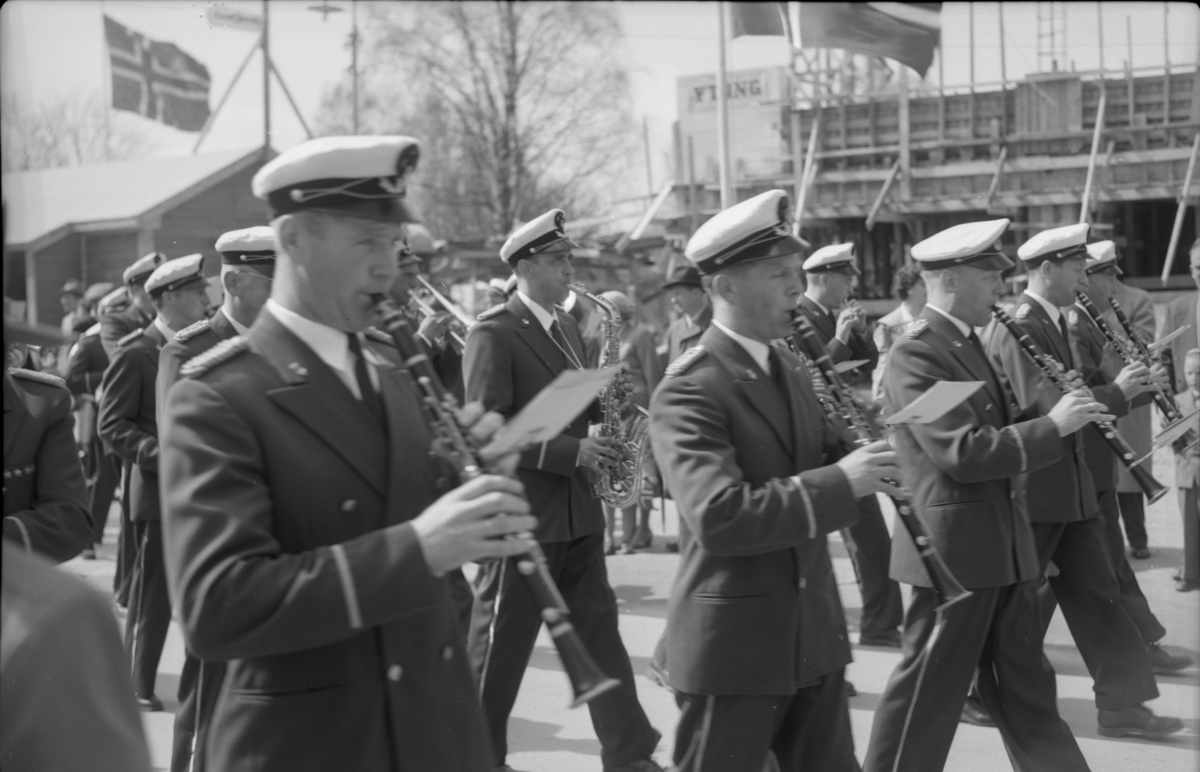 Musikkorps, 17. mai-tog