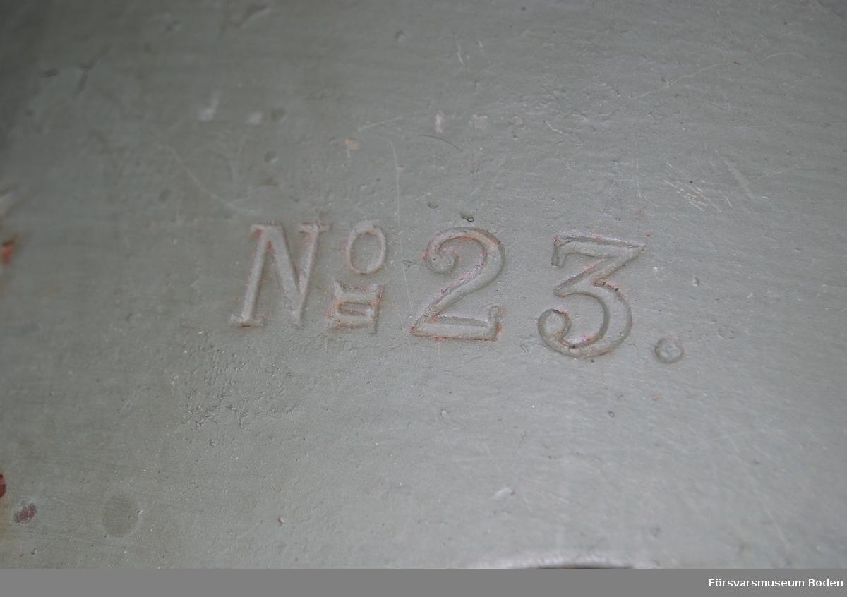 Tilllverkningsnummer 23, Finspång 1893. Med pansarsköld.
