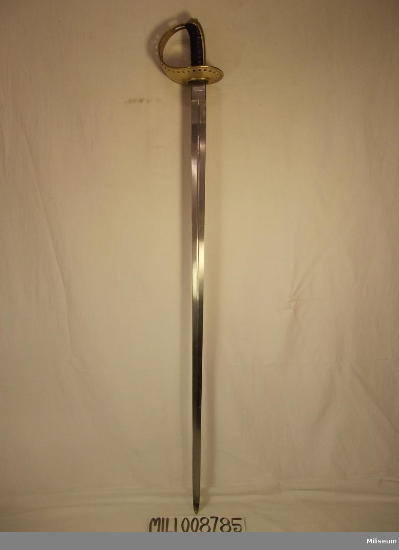 Sabel m/1893 för manskap vid kavalleriet. Använd vid 1 skvadronen vid Smålands Husarer (K4) Nummer: 245