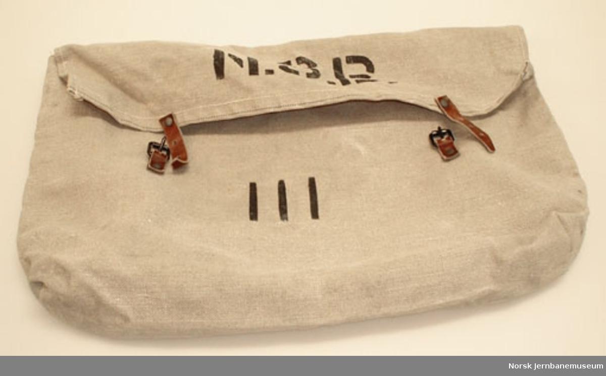 Pose (veske) for lokomotiv- og konduktørpersonalets tøy - for bruk i kongevogn Ao 206