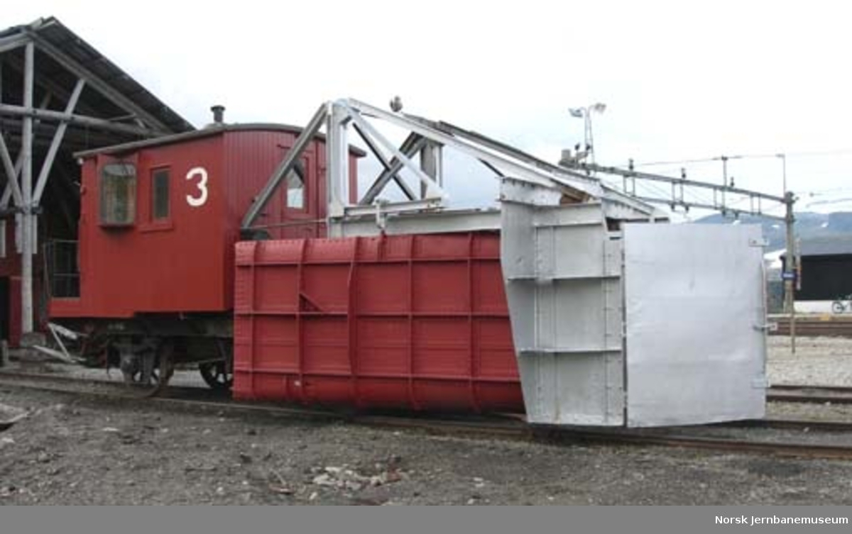 Snøskrape nr. 3, NSB litra Xs nr. 14439 - skrape for føring av snø inn i sporet før rydding med roterende plog