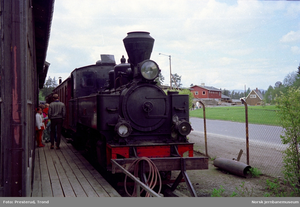 "Jernbanemuseet - Aurskog-Hølandbanens lokomotiv ""PRYDZ"""