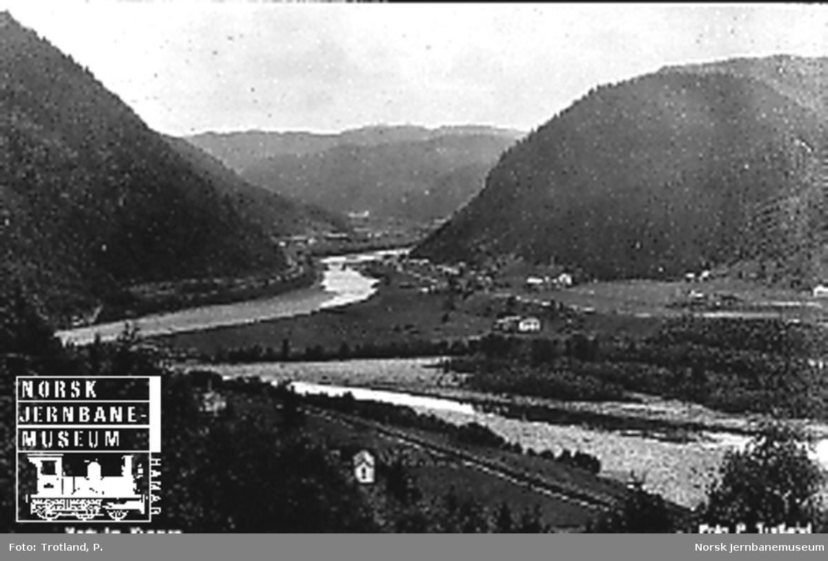 Oversiktsbilde over Røttum i Rognes før flommen
