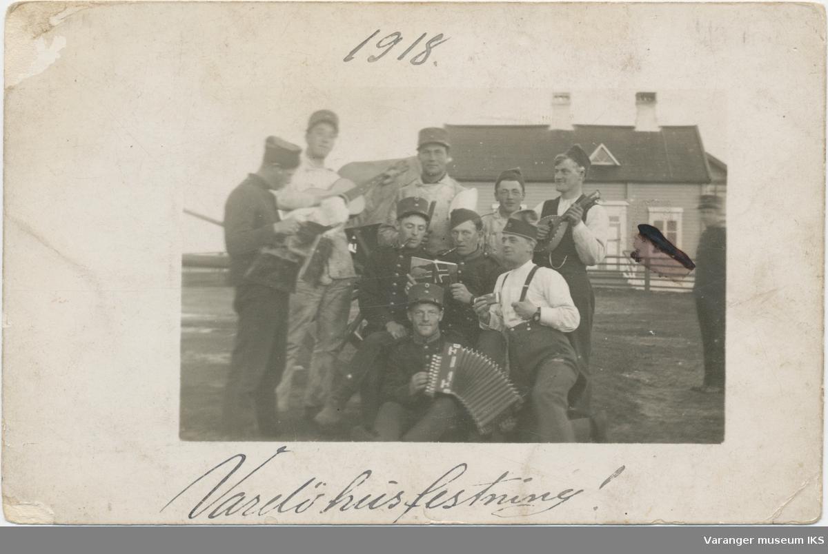 Soldater med musikkinstrumenter