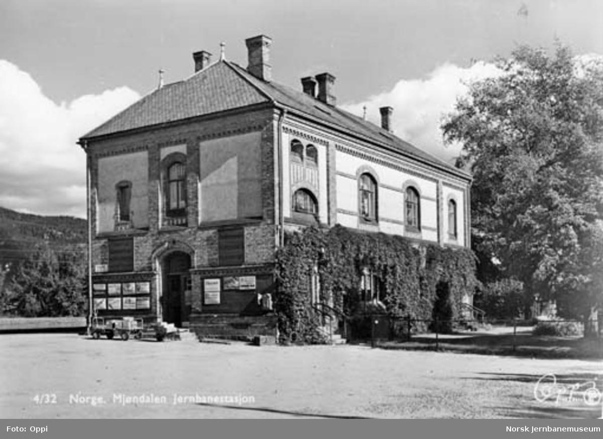 Mjøndalen stasjonsbygning