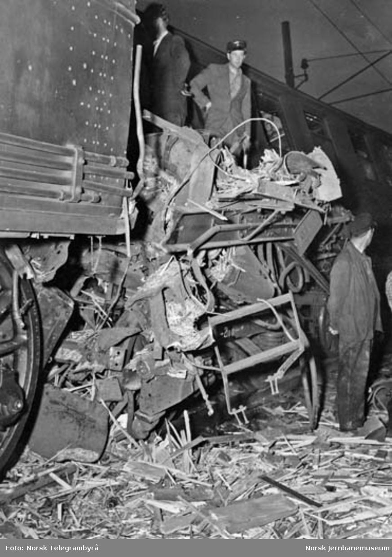 Togsammenstøt ved Sagdalen mellom løslokomotiv og motorvogntog