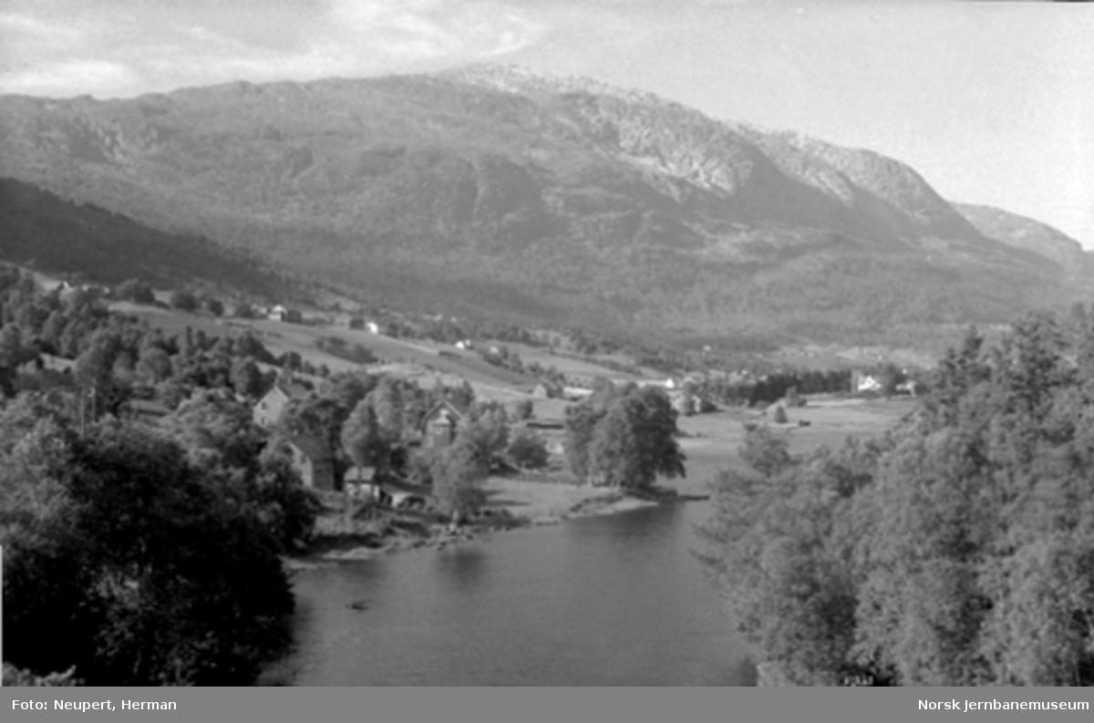 Landsskapsbilde fra Voss