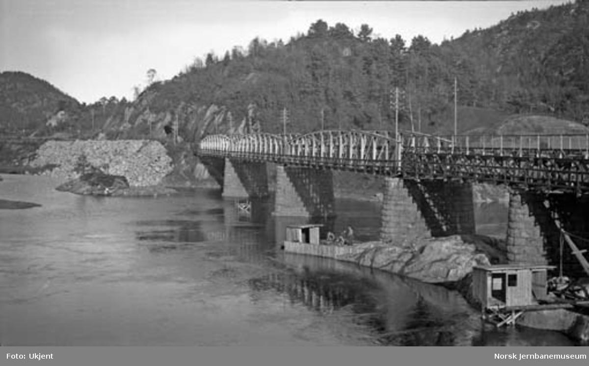 Bygging av ny Kvarstein bru