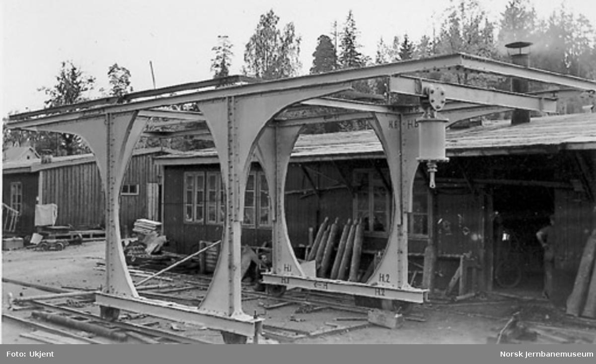 Kombinert tunnelbukk og skrape etter Eyvind Rians konstruksjon, bygd ved verkstedet i Sandvika og brukt i Asker tunnel
