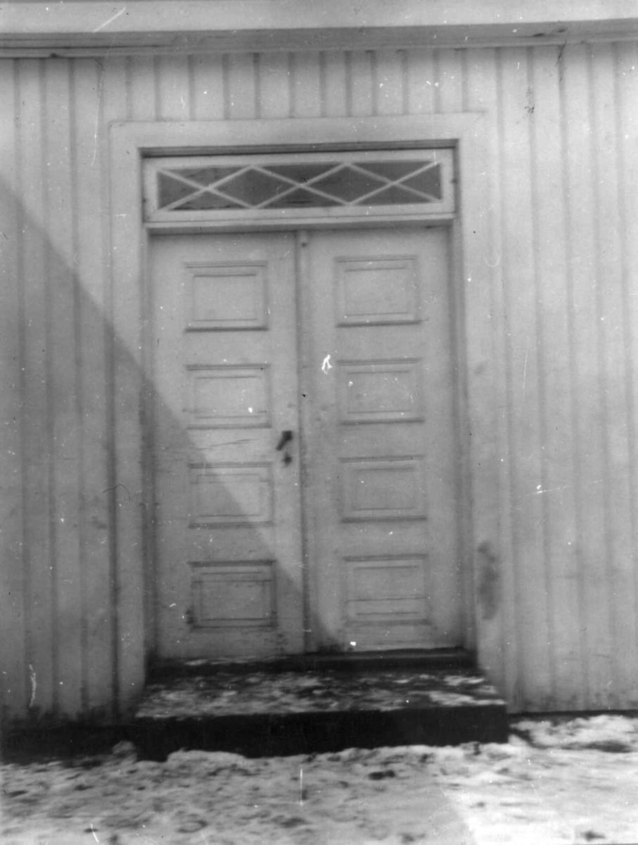 Inngangsdør, hovedbygning på Bryn Hovedgård, Østre Aker.
