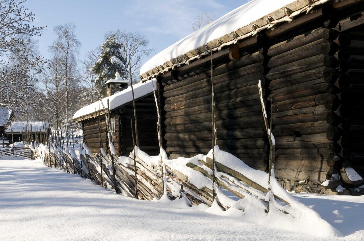 Vinteridyll i friluftsmuseet.