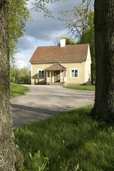 Kusken, exteriört och interiört. Julita gård, Maj 2009.