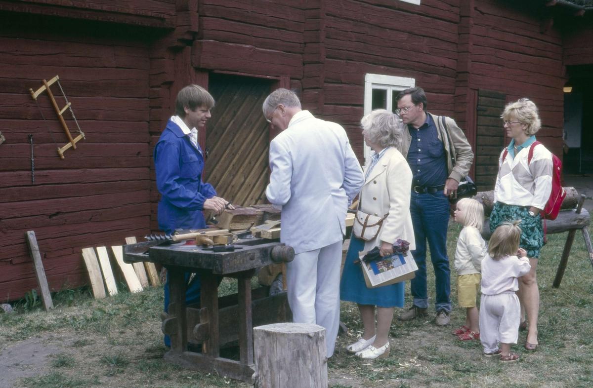 Byggnadsvårdsdag på friluftsmuseet Disagården, Gamla Uppsala 1985