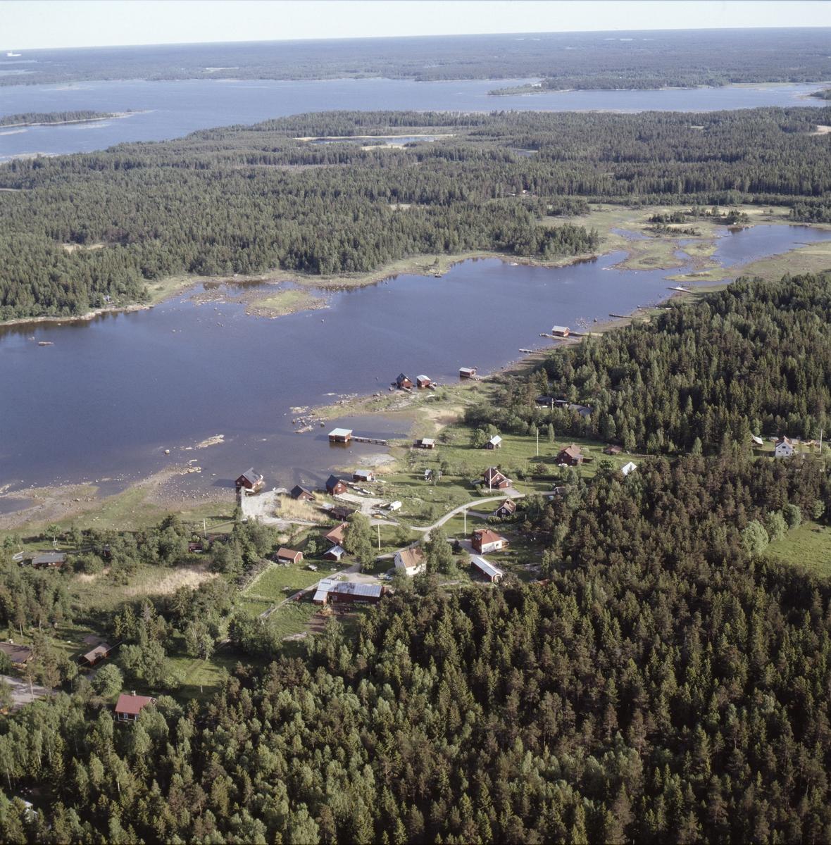 Vy över Klungsten, Hållnäs socken, Uppland, juni 1989