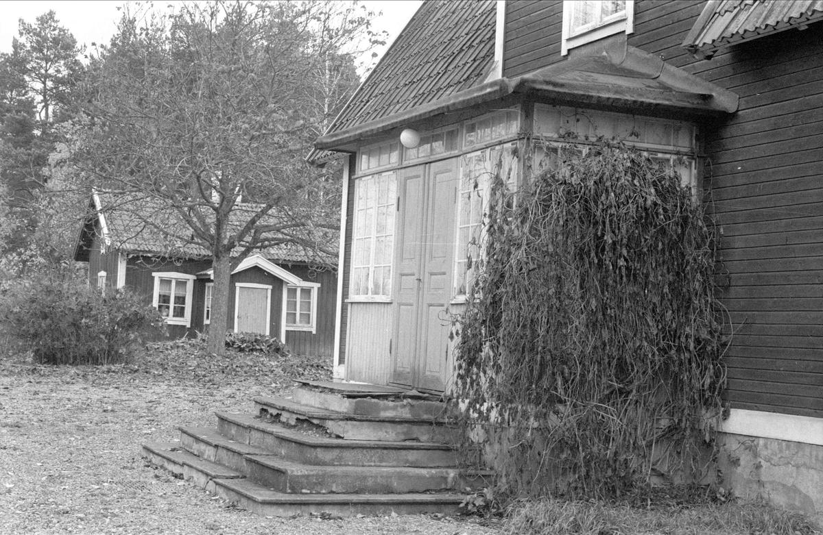 Brygghus/matbod/vedbod och mangårdsbyggnad, Stengärde, Fullerö, Gamla Uppsala socken, Uppland 1978