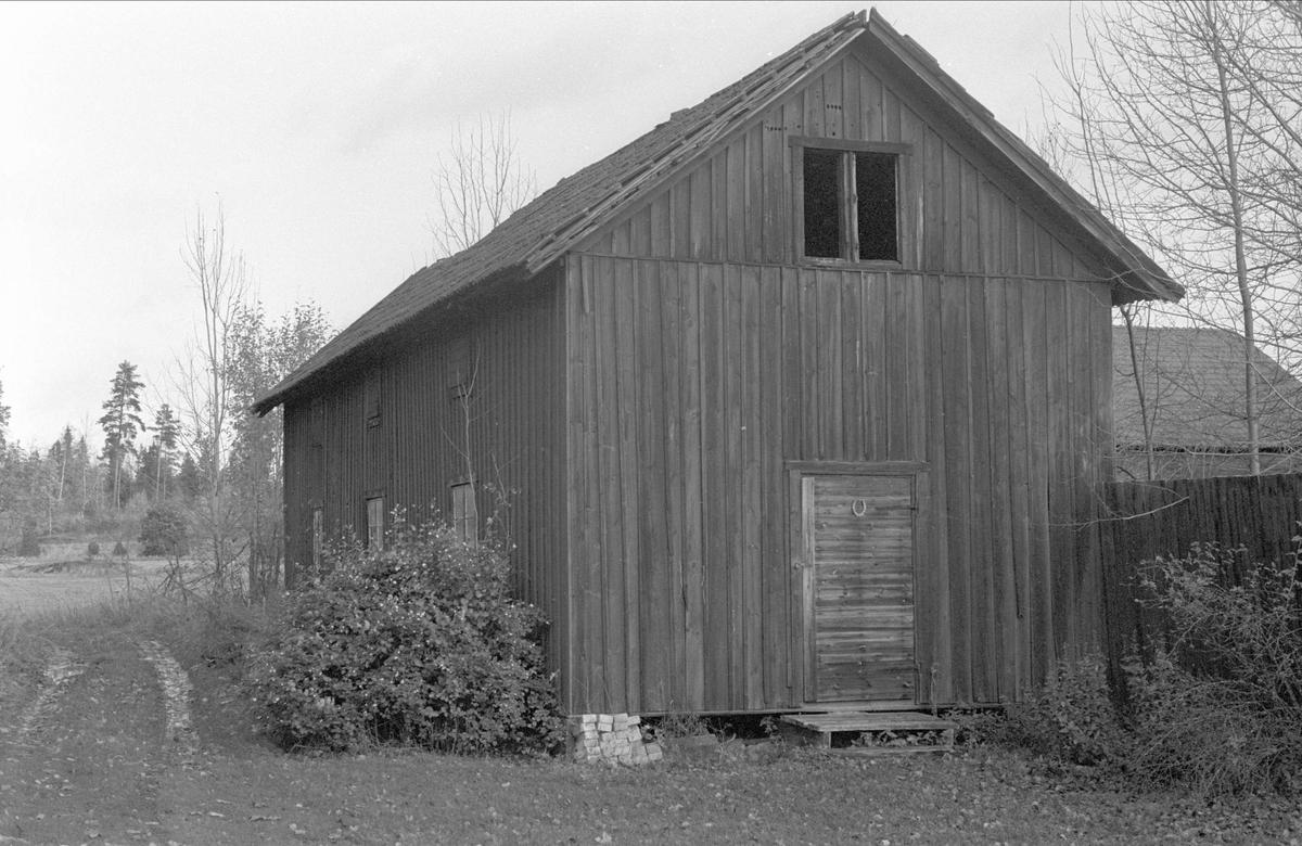Magasin, Bodarna 14:1, Ramsta socken, Uppland 1984
