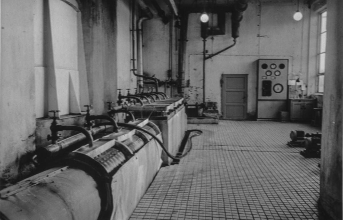 Bøhnsdalen. Fra en papirfabrikk.