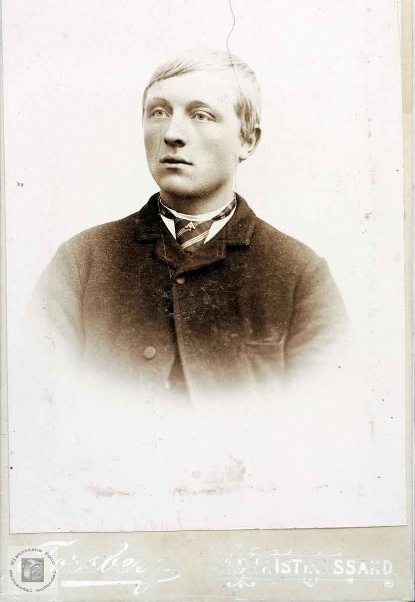 Portrett av Torkel Øydna. Grindhiem.