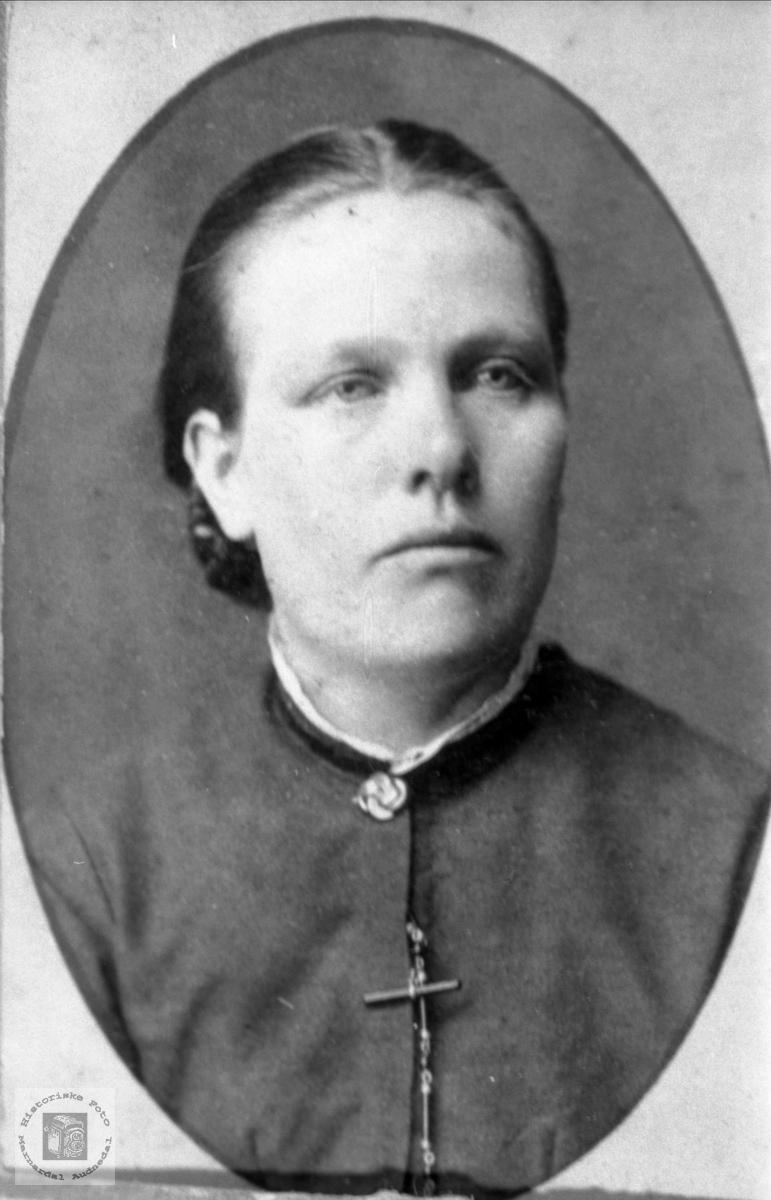 Portrett Siri på Voddan født på Foss i Bjelland.