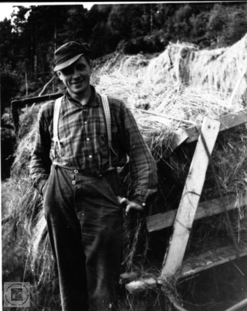 Høyberging. Edvart Birkeland, Laudal.