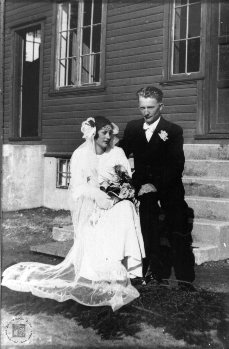 Ekteparet Ingeborg og Trygve Korsvold, Øyslebø.