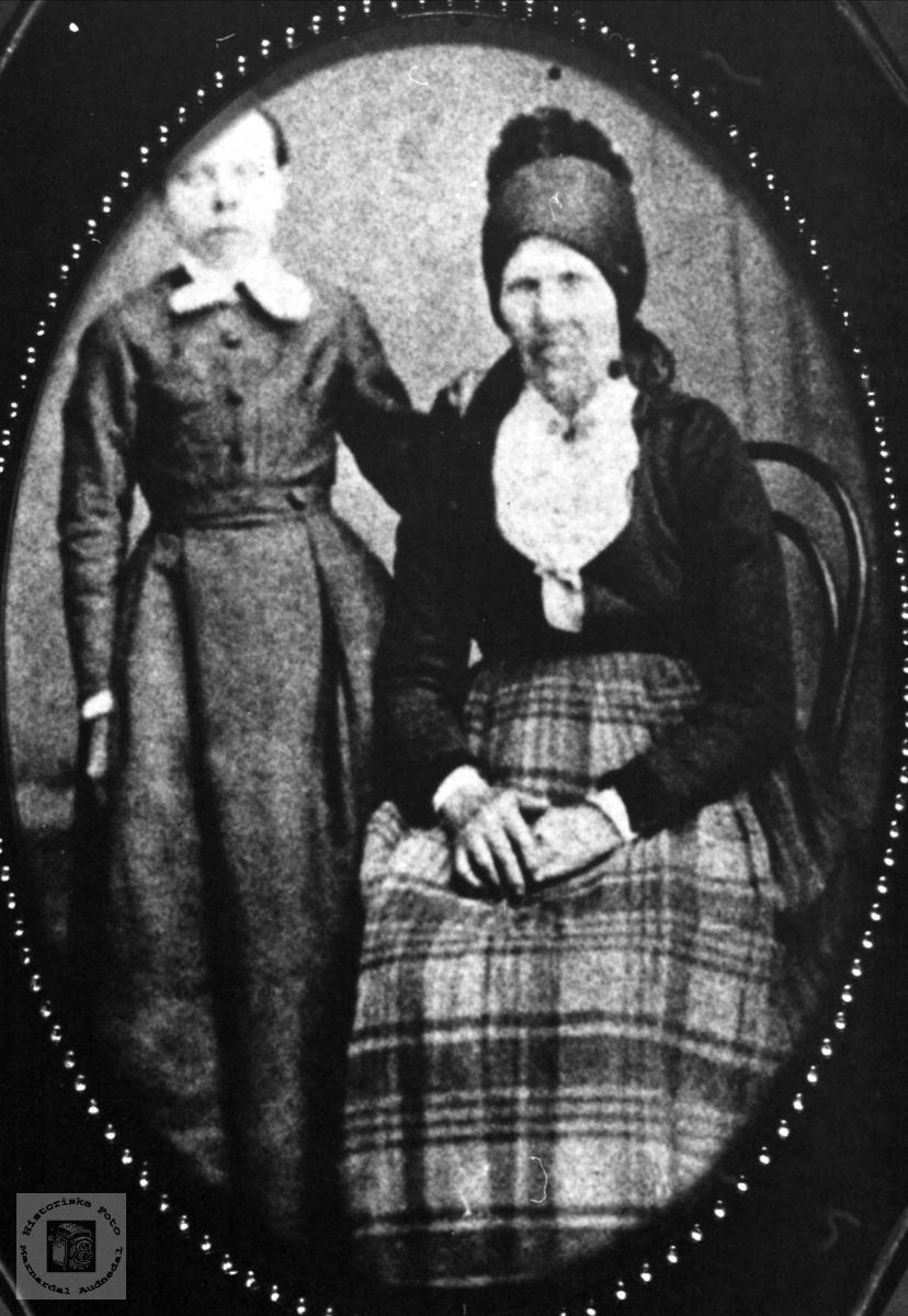 Anna i Hunnerdalen, Sveinall og Randi Skuland, Laudal.
