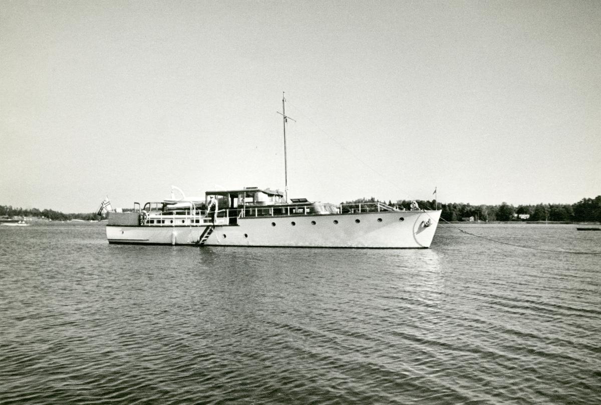 Motorbåt 'Amalia'. Konstruktør: Richard G. Furuholmen