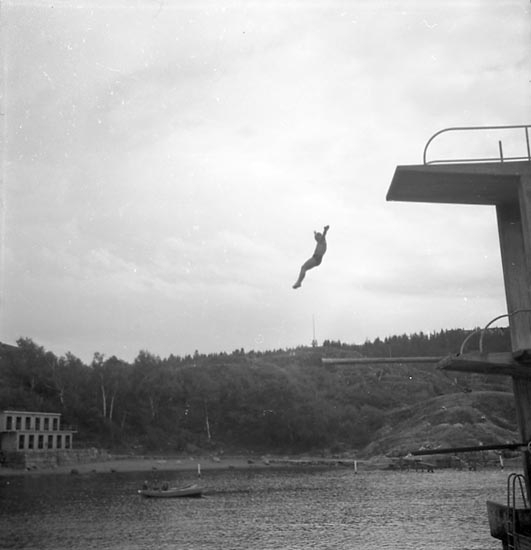 "Enligt notering: ""Simpromotion Aug. 1949""."