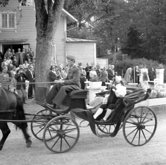 """Enligt notering: """"Flygareträff Gustavsberg 28/8 -59""""."""