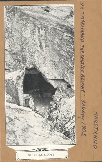 """Tryckt text på kortet: """"St. Eriks Grotta."""" Noterat på kortet: """" Ur """"Marstrand the seaside resort"""" Göteborg 1902."""""""