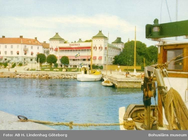 """Tryckt text på kortet: """"Strömstad. Restaurang Skagerack."""""""