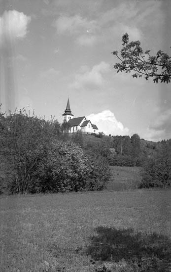 """Enligt fotografens noteringar: """"1945. Munkedals Kapell taget 1945""""."""