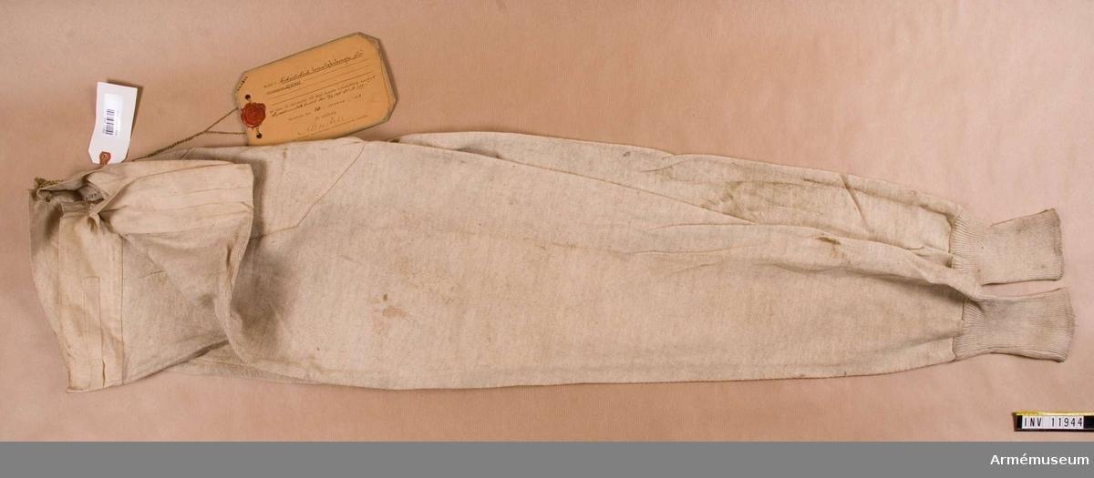 Kalsonger m/1901, armén.Grupp C I.Trikåstickade bomullskalsonger m/1901 för armén.