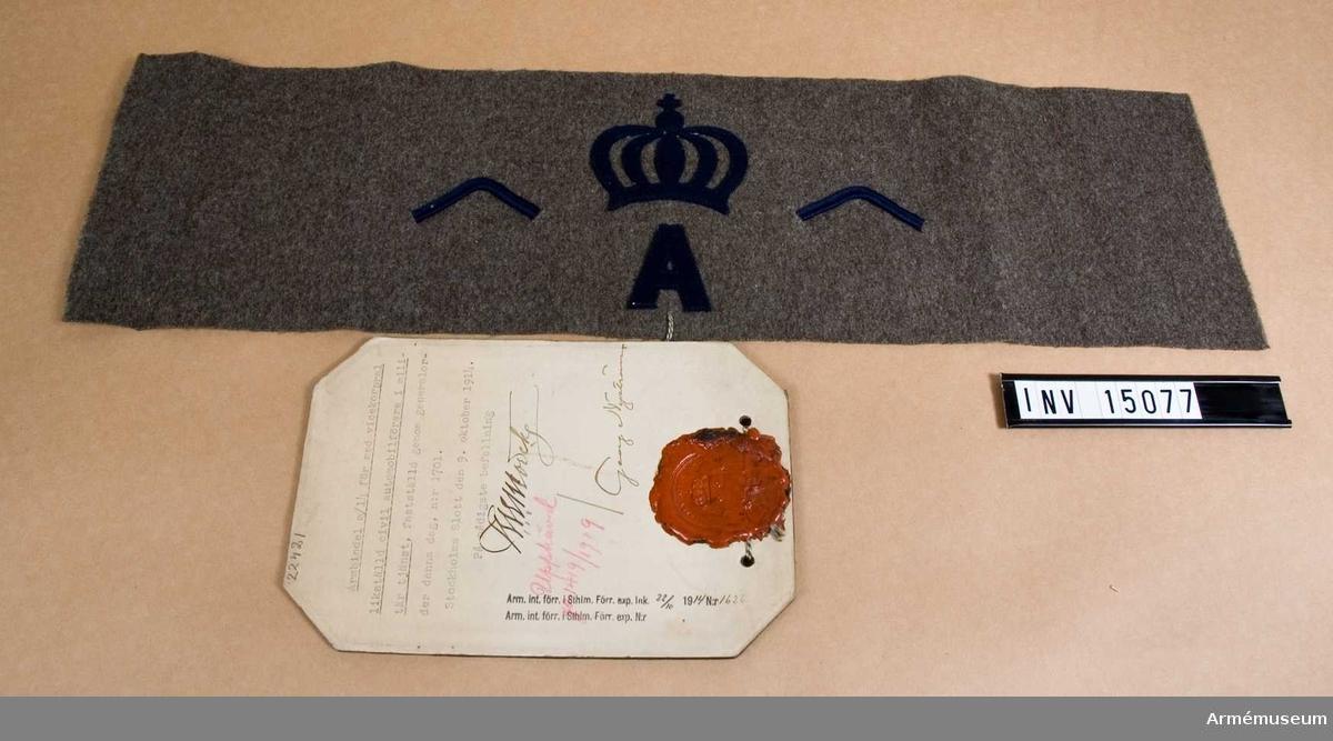 Grupp C I. Armbindel m/1914 för med vicekorpral likställd civil automobilförare i militär tjänst, fastställd genom go nr 1701 den 9. oktober 1914. Upphävd go 1419/1919.