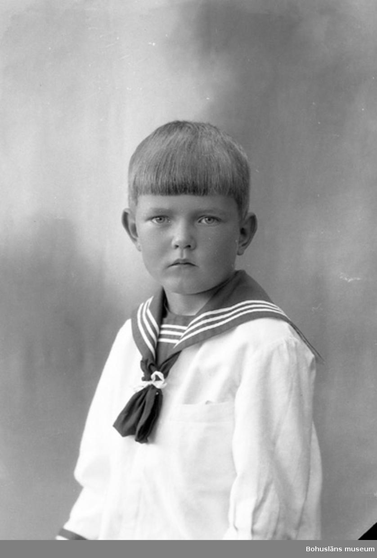 "Enligt fotografens journal nr 5 1923-1929: ""Andersson, Fru Greta, Semenarieg. 20""."