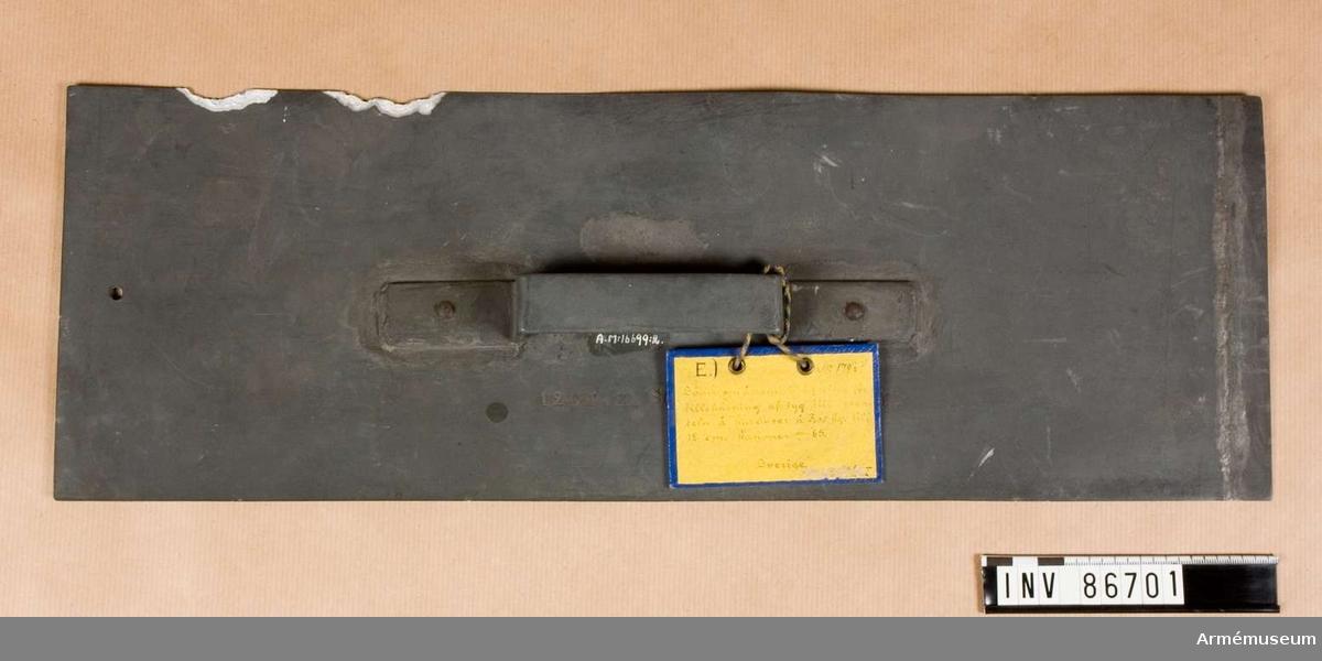 Grupp F. V. Äldre n:r E.179. 1. mantelämnesmall  för 3.35 kg. laddn.