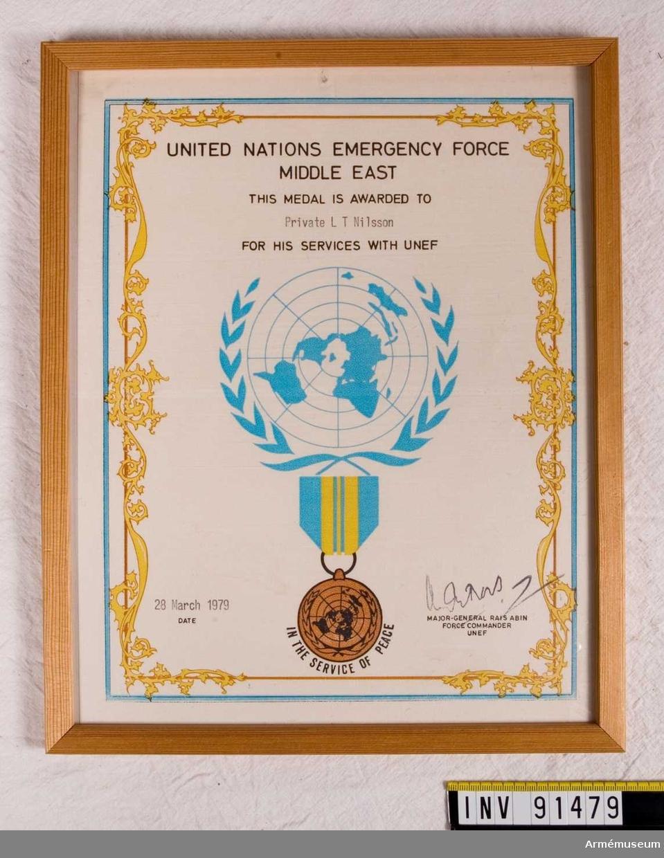 Tjänstediplom för men T.Nilsson från FN.