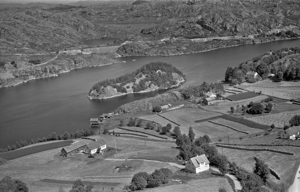 Skjelbreid, Skogabergholmen