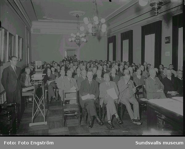 Deltagare på hamnkongress i Fullmäktigesalen, Stadshuset.