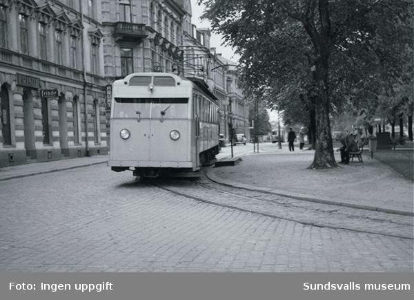 Spårvagnstrafik efter Sjögatan.