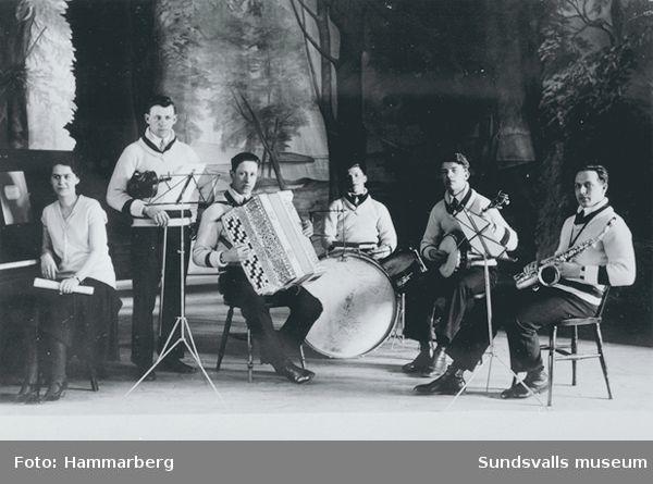Orkester i Skönviks Folkets hus