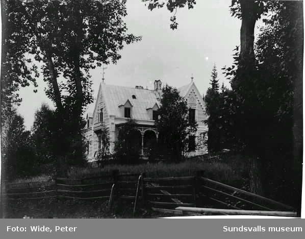Villa Annehill, Tivolivägen 17.
